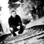 Andy Duguid feat. Esmaye - Touching The Ground (Original Mix)