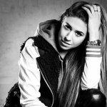 Salena Mastroianni - I Don't Wanna Fight