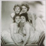 The Starlets - You Don't Love Me
